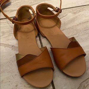 Girls old navy sandlas